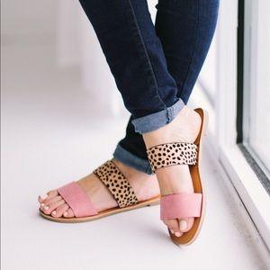 Shoes - 💕MAUVE LEOPARD 💕Strap sandals